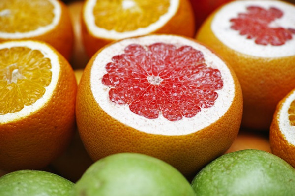 Interakcje składników grejpfruta zlekami