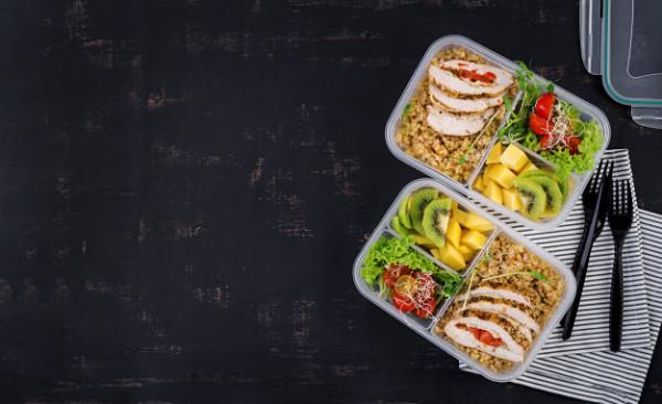 Organizacja żywienia w szkołach europejskich oraz wpływ wybranych rozwiązań na sposób żywienia dzieci.