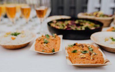 Marchewkowy hummus zorzechami włoskimi