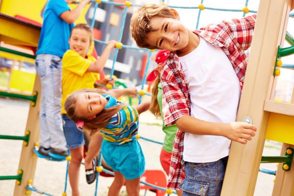 Jaki powinien być poziom aktywności fizycznej dzieci imłodzieży szkolnej?