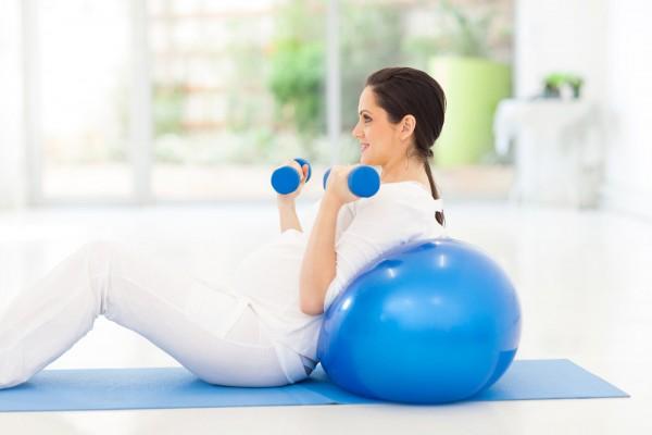 Czy wiesz, jakie zalety ma ćwiczenie w czasie ciąży?