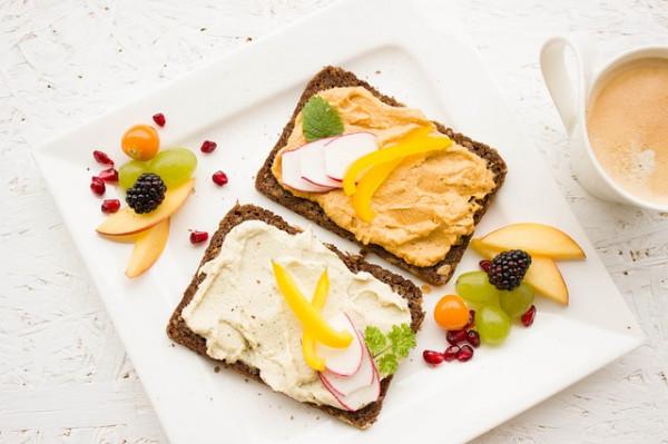 Śniadanie – dlaczego to najważniejszy posiłek dnia?