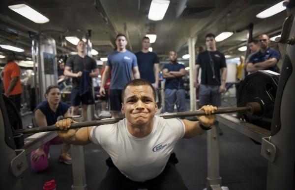 Aminokwasy rozgałęzione (BCAA) wpreparatach dla sportowców
